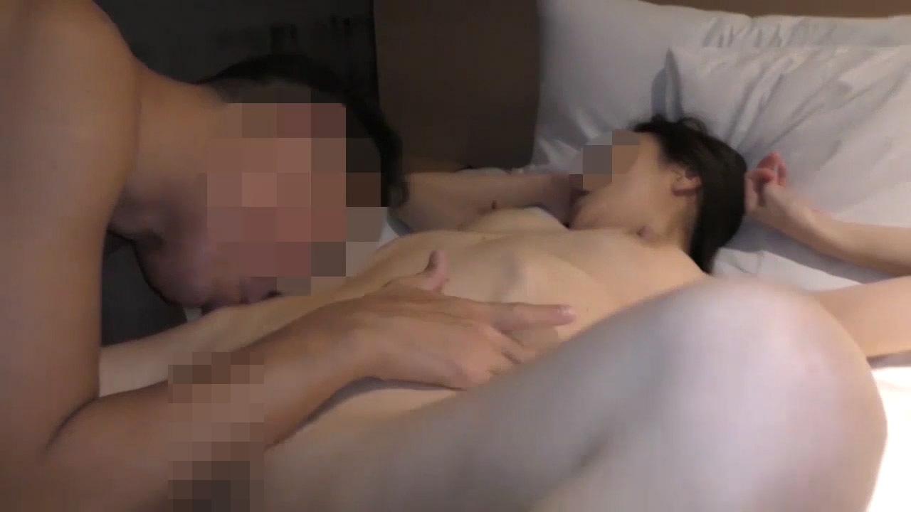 FC2 PPV 1400984 【個人撮影・セット販売】艶麗と熟した裸体の36歳人妻 2本の他人棒での祝福が始まる・・・