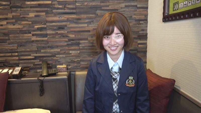 FC2 PPV 1576023 【個人撮影】【無】初撮り!笑顔が可愛い貧乳小尻パイパンと三拍子揃った女の子!レビュー特典で本編高画質版ZIPとフェラとオナニー(48分)がダウンロード可能です